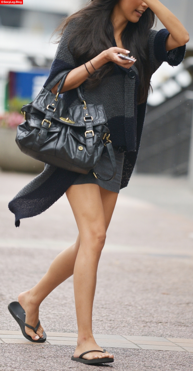 Candid Sexy Slim Legs in Skirt